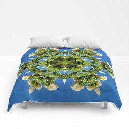 Hydrangea kaleidoscope - white flowers, green leaves, blue sky 161134 k6 Comforters