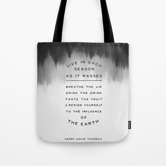 Live in each season Tote Bag