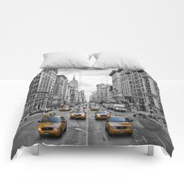5th Avenue NYC Traffic Comforters