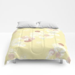 Floral Seamless Pattern on Yellow Comforters