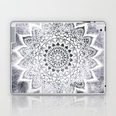 BOHO WHITE NIGHTS MANDALA Laptop & iPad Skin