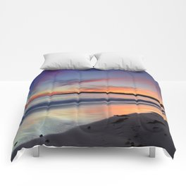 """""""Bolonia beach at sunset"""" Comforters"""