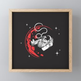 Baby Astronauta Framed Mini Art Print