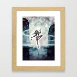 Fée de Lune Framed Art Print