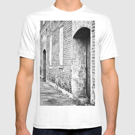 Oxford Abandoned T-shirt