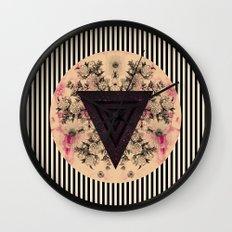 C.W. iii i Wall Clock