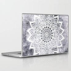 BOHO WHITE NIGHTS MANDALA Laptop & iPad Skin