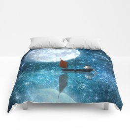 The Moon and Me v2 Comforters