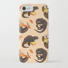 Tiny otters and their sushi iPhone 7 Slim Case