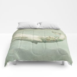 Far and Wide Comforters