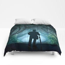 Morning visit in cold Dark Hedges Comforters