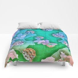 Frozen Ivy Berries. Comforters