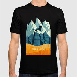 Canis Lupus: What a beautiful creature. I have a Phobia of Wolves. T-shirt