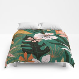 retro style floral on green Comforters