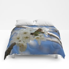 Beautiful Delicate Cherry Blossom Flowers Comforters