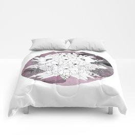 B&W Bouquet Comforters
