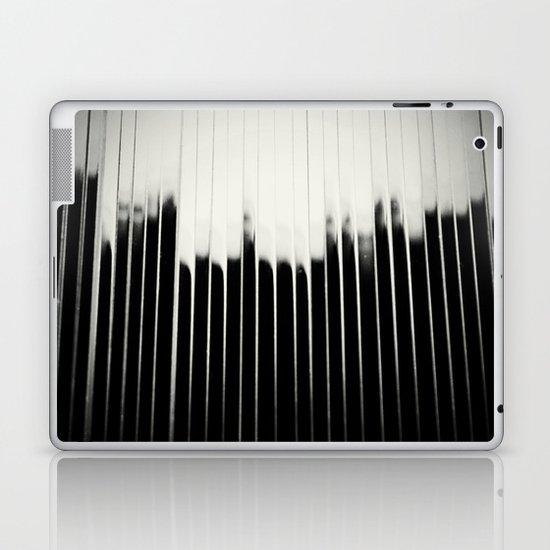 STEEL & MILK Laptop & iPad Skin