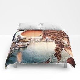 An American in Venice Comforters