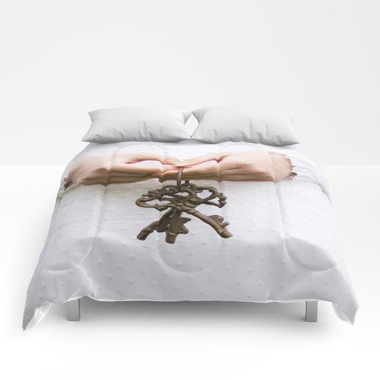 Three keys Comforters