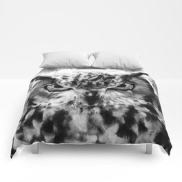 owl look digital painting orcbw Comforters