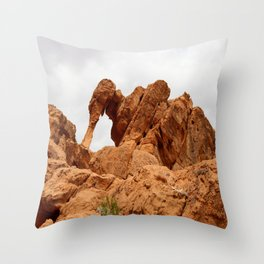Elephant Rock - Valley of Fire Throw Pillow