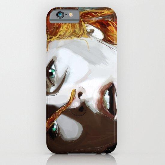 Leeloominaï iPhone & iPod Case