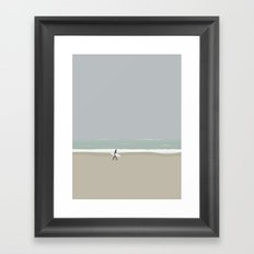 LÆRE AT SURFE Framed Art Print