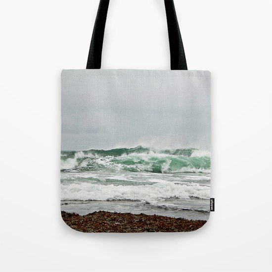 Explosive Green Surf of the St-Lawrence Tote Bag