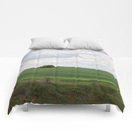 Lonely tree Comforters
