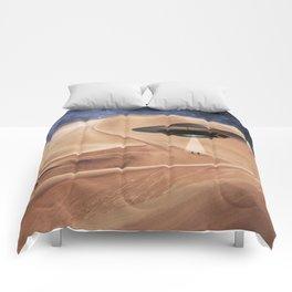 ALIEN DESERT ABDUCTION Comforters