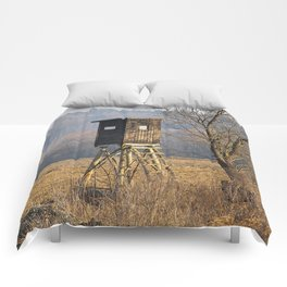 Hunting Deer Stand Near the Woods Comforters