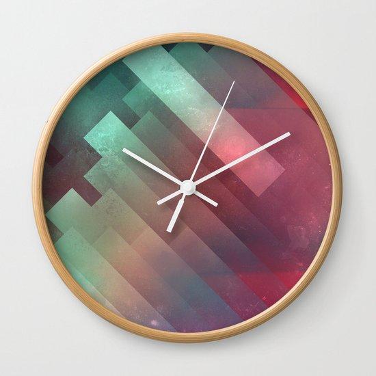 glyxx cyxxkyde Wall Clock