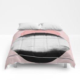 Minimalism 45 Comforters