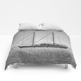 Schooner Yalikavak Marina Bodrum Comforters
