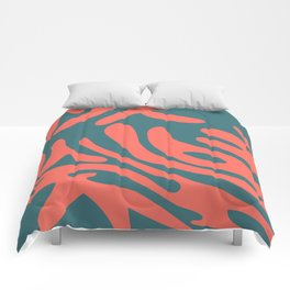 Living Coral in the Deep Sea - Pantone Color Trend 2019 Comforters