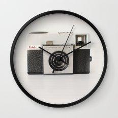 vintage camara Wall Clock