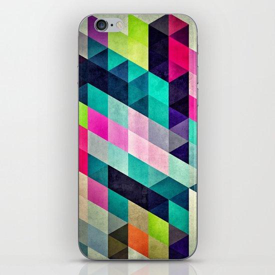 Cyrvynne xyx iPhone & iPod Skin