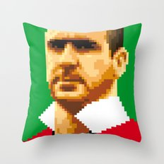 King of kickers Throw Pillow