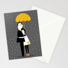 Abrazos bajo la lluvia Stationery Cards