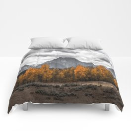 Teton Fall - Autumn Colors and Grand Tetons in Black and White Comforters