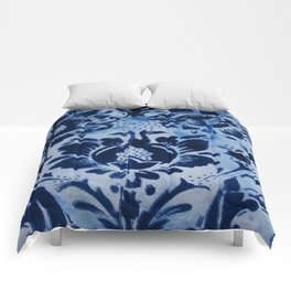 Blurred Blue Print Comforters