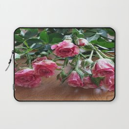 ROSES ARE LOVE Laptop Sleeve
