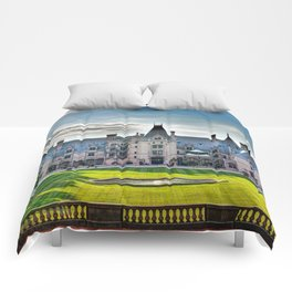 The Bilmore Estate Comforters