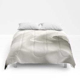 Black and White Gardenia Comforters