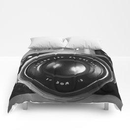 RETRO REFLEX CAMERA Comforters