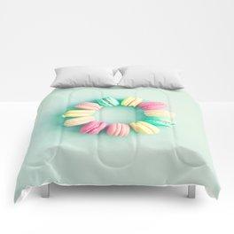 Macarons, macaroons circle, pop art Comforters