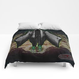 """""""BOO! the ghoul"""" Darrell Merrill Comforters"""
