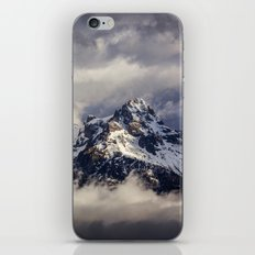 Tetons Storm. iPhone & iPod Skin