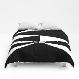 Triangles in Black and White Comforters