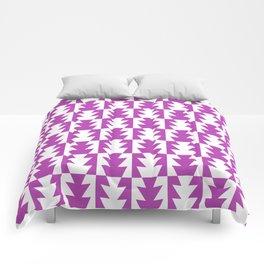 Art Deco Jagged Edge Pattern Magenta Comforters